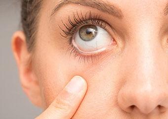 Göz kuruluğu âmâlığa neden olabilir