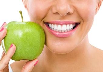 Diş sağlığı için uzak durulması gereken gıdalar