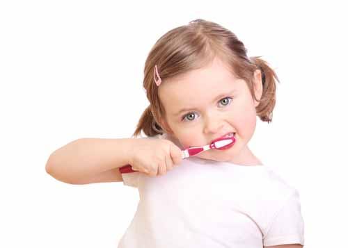 Mektep Başlamadan Evvel Çocuklarda Diş Bakımına Dikkat